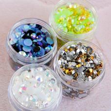 Lisa Horton Crafts - Super Sparkle AB Gems